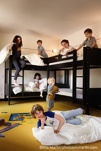 OUVERTURE DE L HOTEL LE BARN AU CŒUR DU HARAS DE LA CENSE A BONNELLES. LE DORTOIR DES ENFANTS