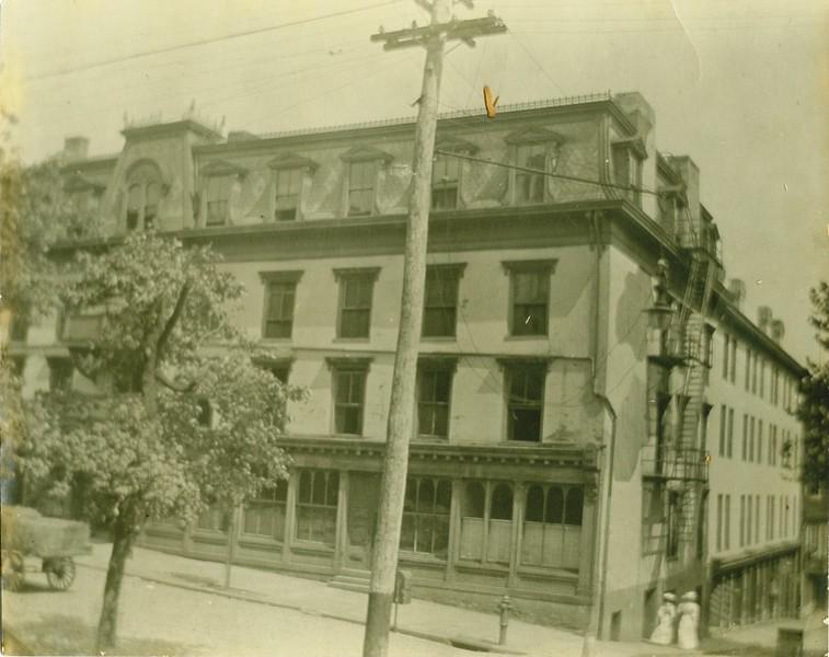 Arlington Hotel (07446)