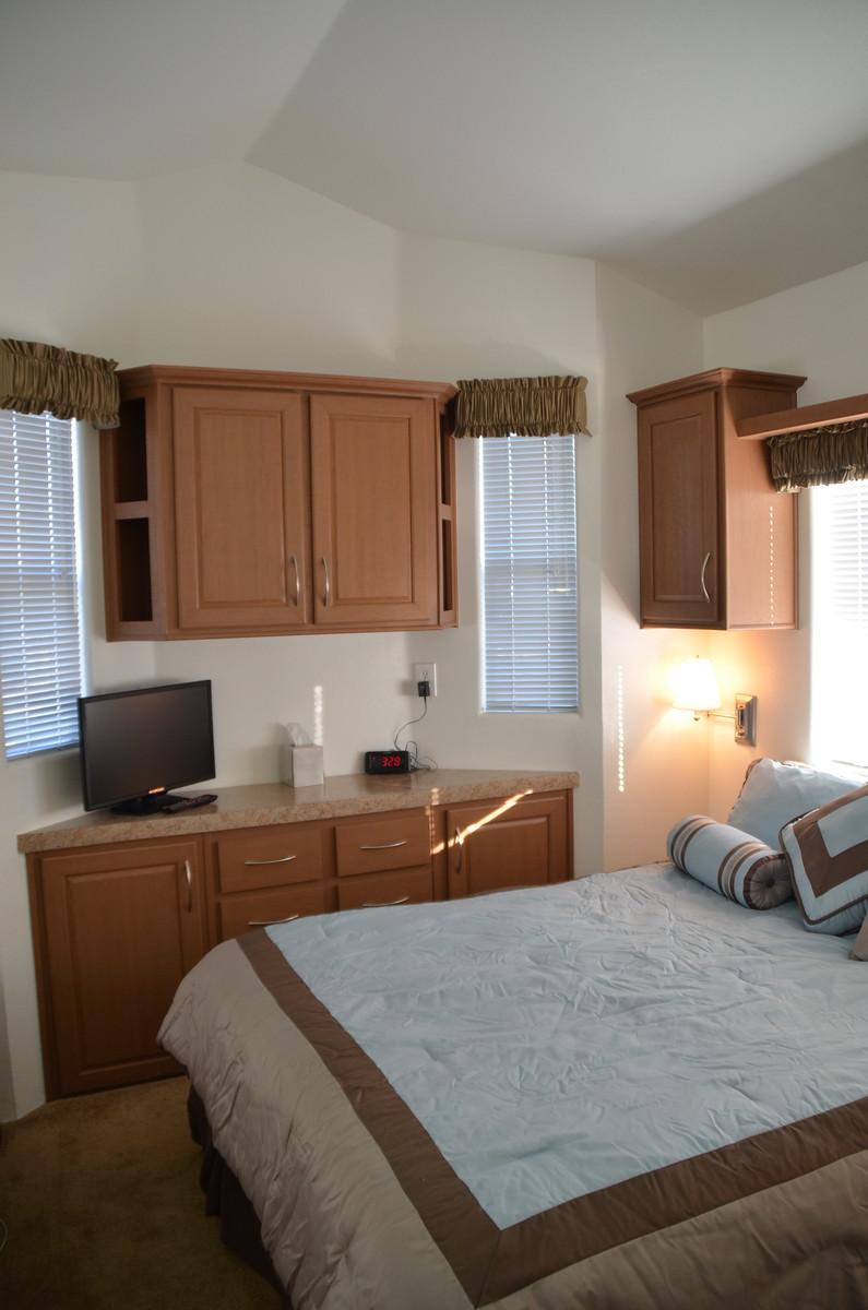 esort cottage, Golden Village Palms RV Resort, Hemet, San Jacinto, rv park, tiny house, Traveling Well For Less