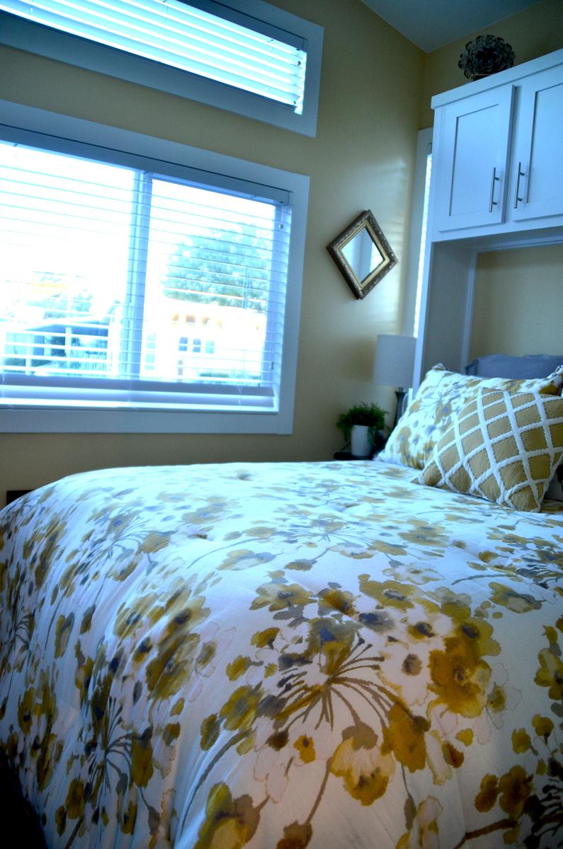 resort cottage, Golden Village Palms RV Resort, Hemet, San Jacinto, California, rv park, tiny house, Traveling Well For Less