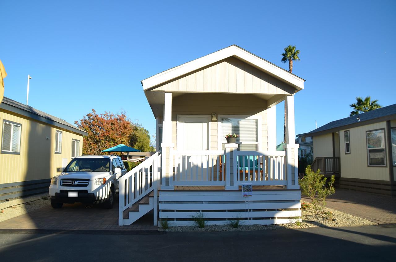 resort cottage, Golden Village Palms RV Resort, Hemet, San Jacinto, rv park, California, tiny house, Traveling Well For Less