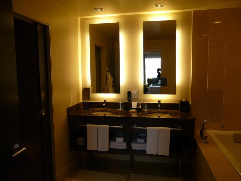 16th floor suite