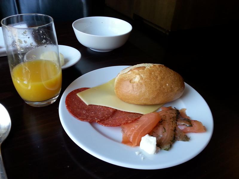 breakfast in Regency Club