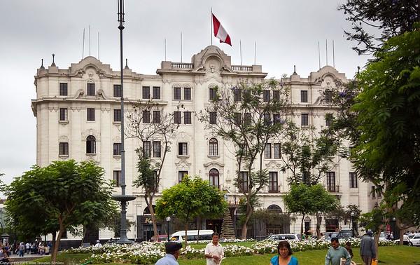 Lima - Hotel Bolivar at Plaza San Martin