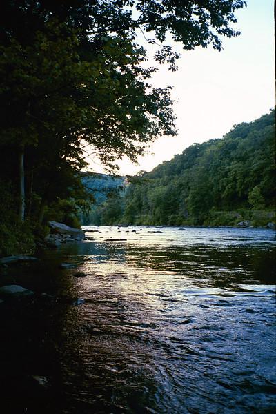 2004_River2