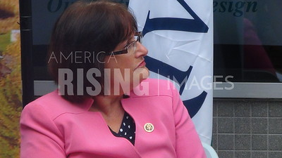 Ann McLane Kuster At River Valley Community College Expansion Announcement In Lebanon, NH