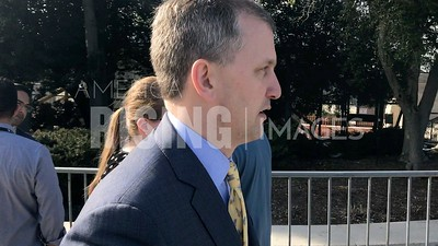 Sean Casten on Capitol Sidewalk
