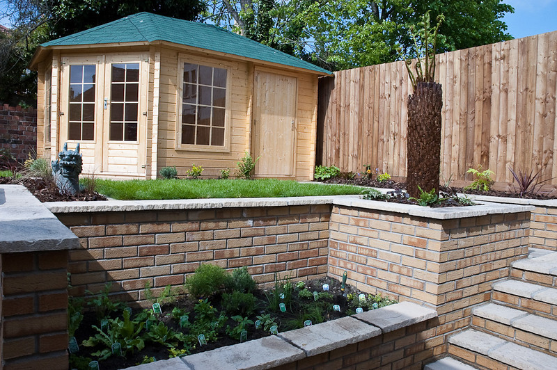 herb garden to right