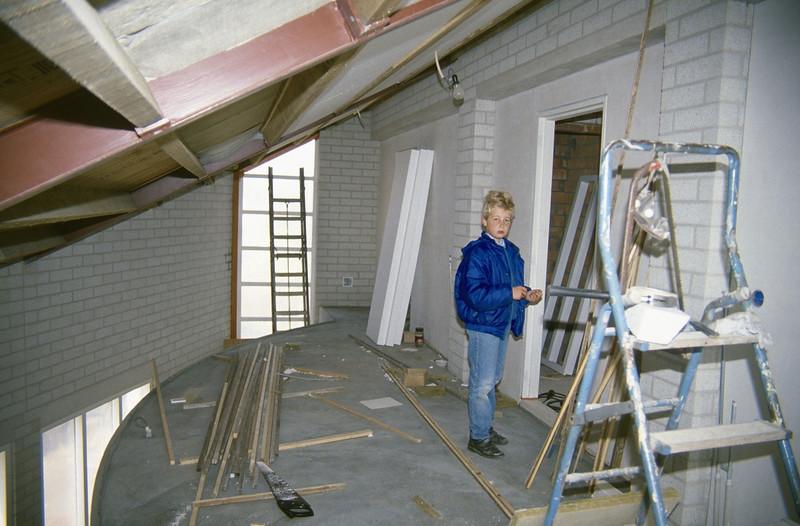 Jeroen on the vide (homebuilding 1990 - 1991)