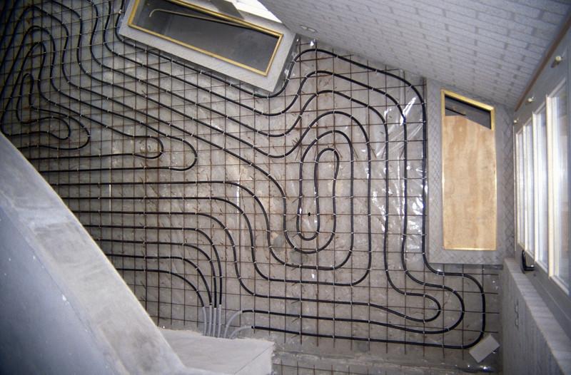 part of the central heatingsystem in the livingroom (homebuilding 1990 - 1991)