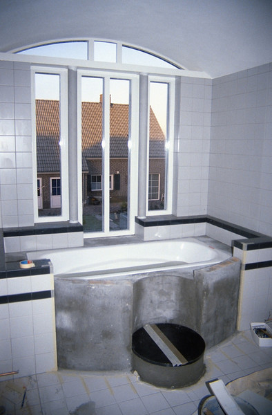 the bathroom 4,  bath entrance and tileworks  winter 1994 (homebuilding 1990 - 1991)