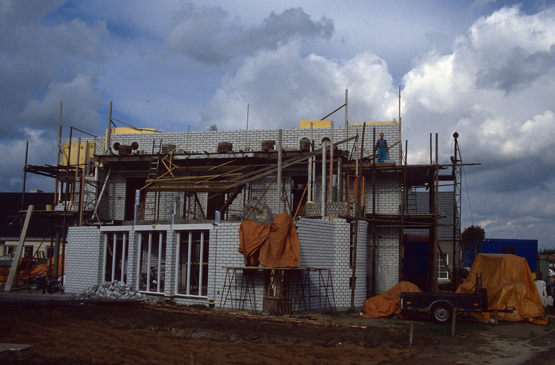 roofworks (Sept. 1989, building my house)
