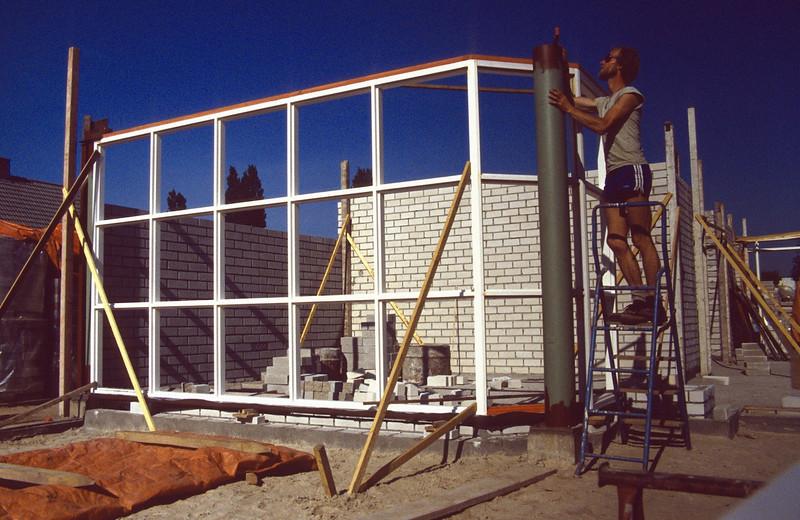 welding the column (June 1989, building my house)