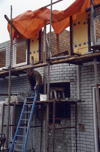 the bricklayer Bert van Hout (Bert works 46 days for me)