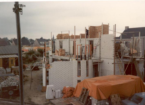 build up (August 1989, building my house)