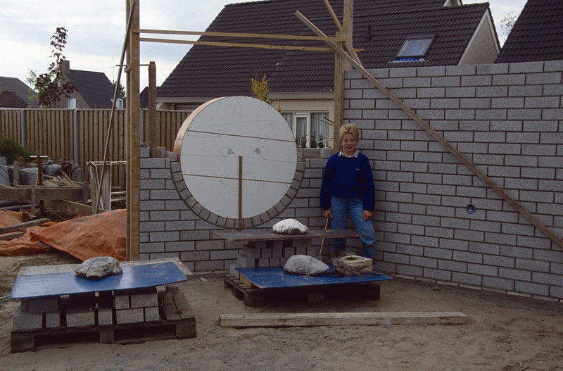 the gardenwall (Marche 2002, building my house)