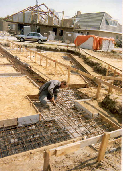 reinforcement (May 1989, building my house)
