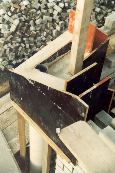 concreteform (Oct.1989, building my house)
