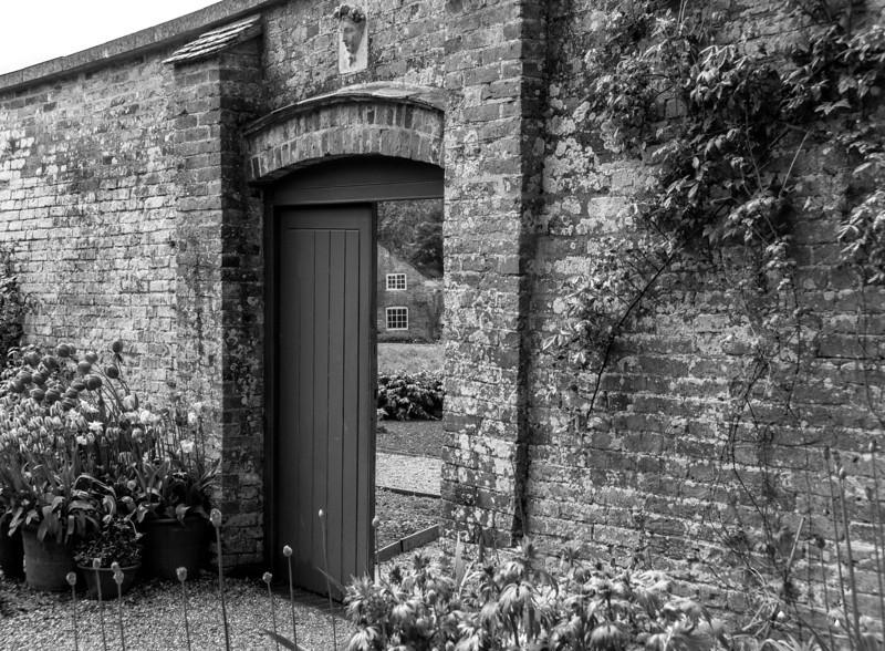Walledgarden door, Kelmarsh Hall, Northamptonshire