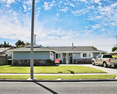 6442 Santa Barbara Ave