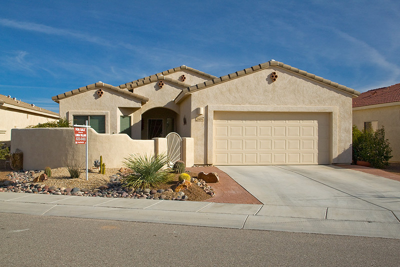 This is our house on 2431 S Via Anzavita in The Legends, a gated community in Green Valley, Arizona.
