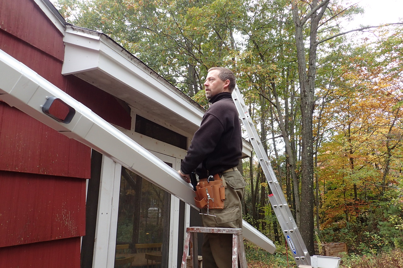 We install gutters ! ;-)