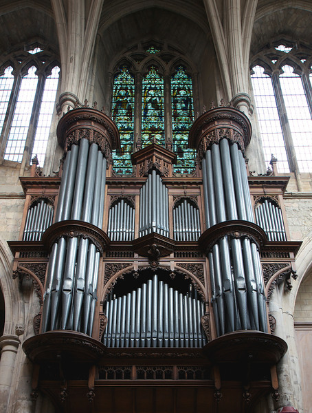 """Southwark Cathedral Organ, T.C. Lewis 1897, Willis III 1952, Harrison &amp; Harrison 1991 <br><br> Lewis &amp; Co. of south London built the main organ for the cathedral in 1897. """"Thomas Christopher Lewis, the company's founder, was renowned for building instruments that had a bright, vibrant tone which, in part, was due to his use of low wind pressures. Consequently, he was somewhat out-of-step with the trend at the time, which was tending towards high wind pressures and rather thicker tone,"""" <a href=""""http://cathedral.southwark.anglican.org/worship/music-and-choirs#organs"""">according to the church website.</a> Noted Victorian architect Arthur Blomfield designed the case. <br><br> """"Apart from routine maintenance, the instrument remained untouched until 1952, when Henry Willis &amp; Son undertook a major rebuild, during which the wind pressures were increased.""""  <br><br> """"Some years after the rebuild it was thought that the Willis changes, though undoubtedly well-intentioned, detracted too much from the original concept, so the decision was taken to restore the instrument to the Lewis specifications. The Durham-based firm of Harrison and Harrison was engaged and the work was carried out in two stages."""" The first stage was in 1986 and the second was in 1991. The church website provides technical details which are beyond my comprehension."""