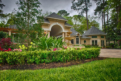 Photos taken for Houston GardenScapes homes.