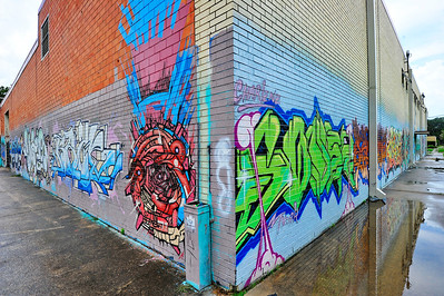 XL Parts Building Grafitti, 3000 Crawford St