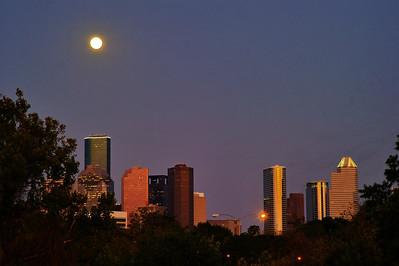 Full Moon Over Houston