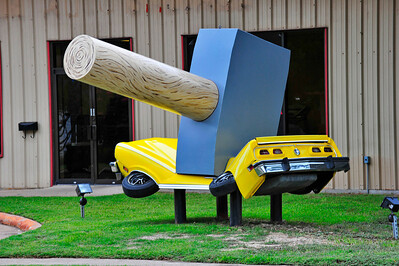 You can see this hammer on Bingle just south of Hammerly.  It's in front of a auto junk (recycle) parts store.  That's the biggest hammer I've seen in Houston or Texas for that matter.