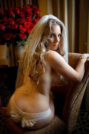 Houston-Boudoir-Hotel-C-Baron-Photo-013
