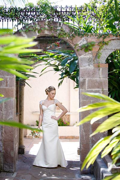 Houston-Bridals-Las-Velas-C-Baron-Photo-004