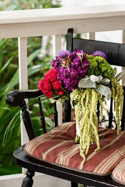 Spring-Bridals-Oak-Tree-Manor-Bouquet-C-Baron-Photo-001