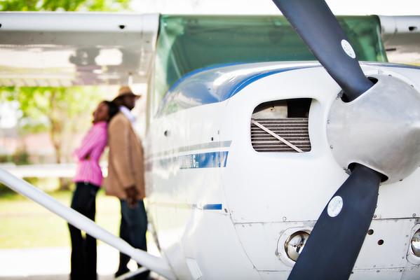 Houston-Engagement-Airport-Airplanes-Nigerian-C-Baron-Photo-011