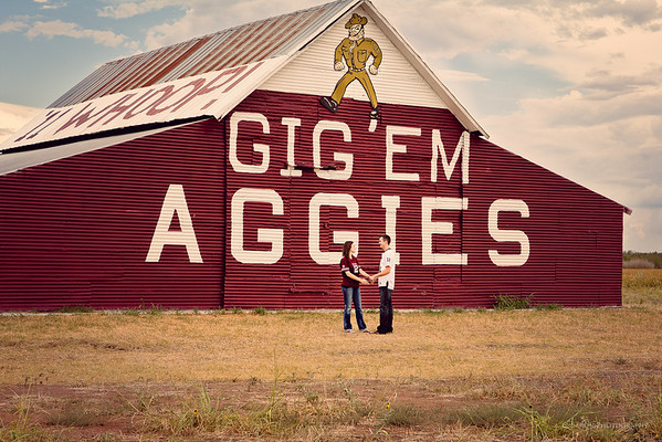 College-Station-Engagement-Aggie-Barn-Texas A&M-C-Baron-Photo-001