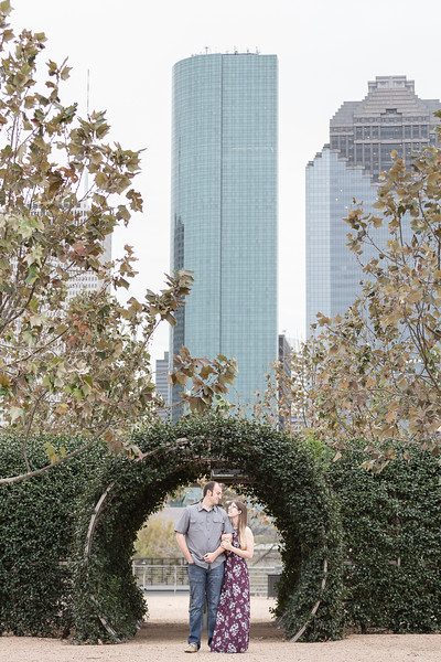 Pretty springtime engagement session in downtown Houston