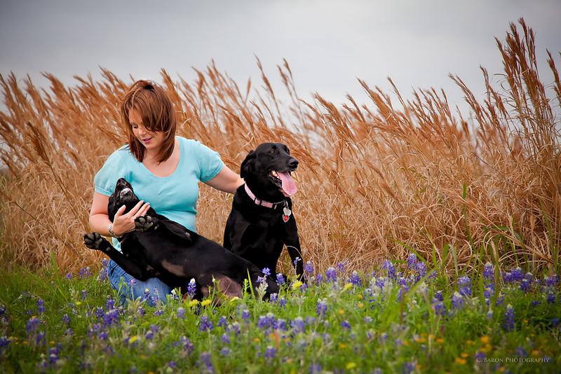 Brenham-Portrait-Photographer-Dog-Pet-Bluebonnets-C-Baron-Photo-001