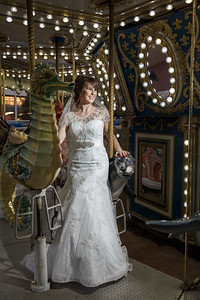 Fun Bridal Session at the Aquarium in downtown Houston TExas