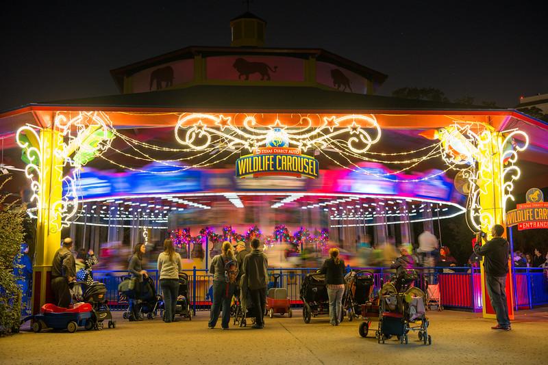 TXU Energy Presents Zoo Lights