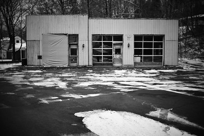 Abandoned Gas Station–––Columbia, NJ