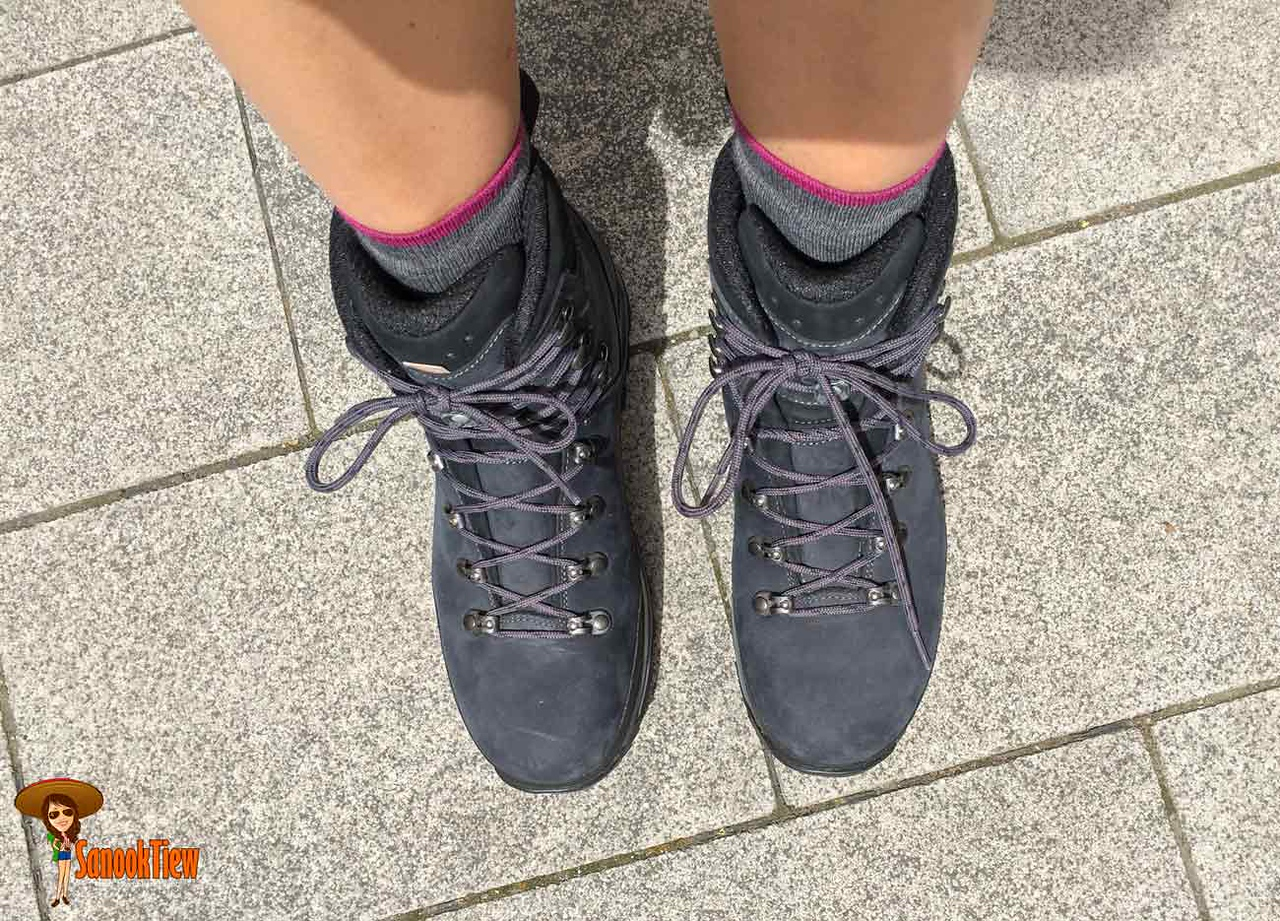 เลือกรองเท้าเดินป่า ซื้อรองเท้าเดินป่า วิธีเลือกรองเท้าเดินป่า รองเท้าเดินป่า hiking shoes ชนิดรองเท้าเดินป่า