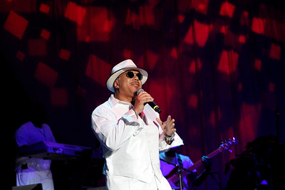 "Howard Hewett sings ""Amen"" at Patty Jackson Summer Party at the Dell Music Center"