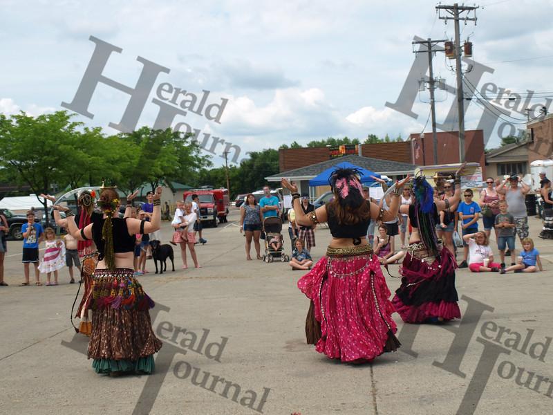 GND belly dancing caravan