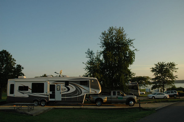 Journal Site 38: Prairie Flower Campground, Saylorville Lake, Ankeny, Iowa   - August 22, 2006