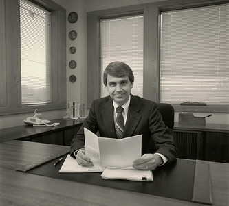 Howard in his new office at Landmark Place (after moving from the Reliable building) in the mid 1980s.
