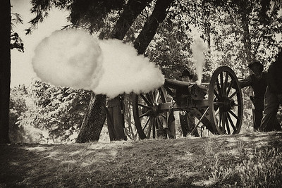 BW-Cannon Shot