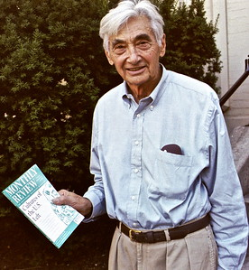 02.09.28 Howard Zinn in Cambridge, MA