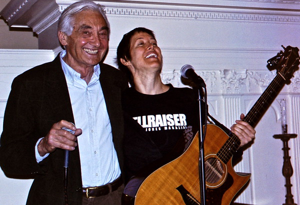 04.03.30 Howard Zinn and Michelle Shocked in Cambridge, MA