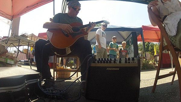 Howie jam at Farmers market